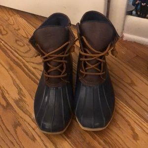 Make offers! Sperry Duck Boots in Navy and Brown